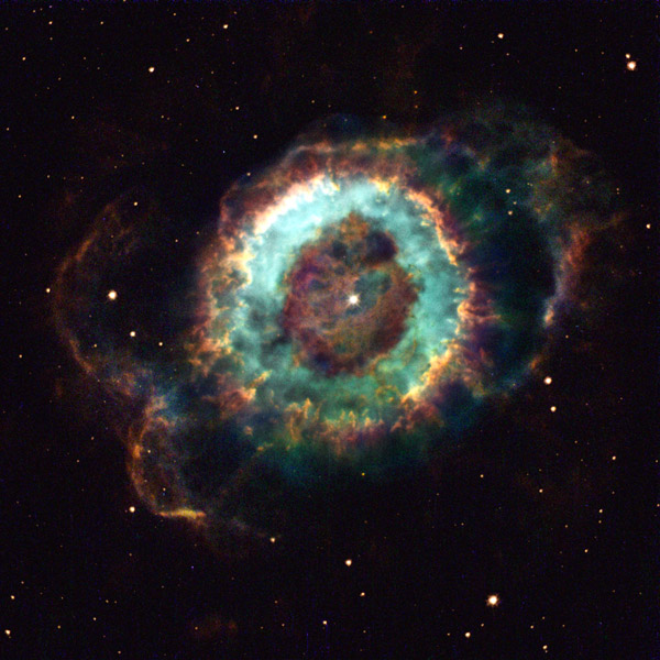 Hubble Space Telescope - Old Star Gives Up the Ghost